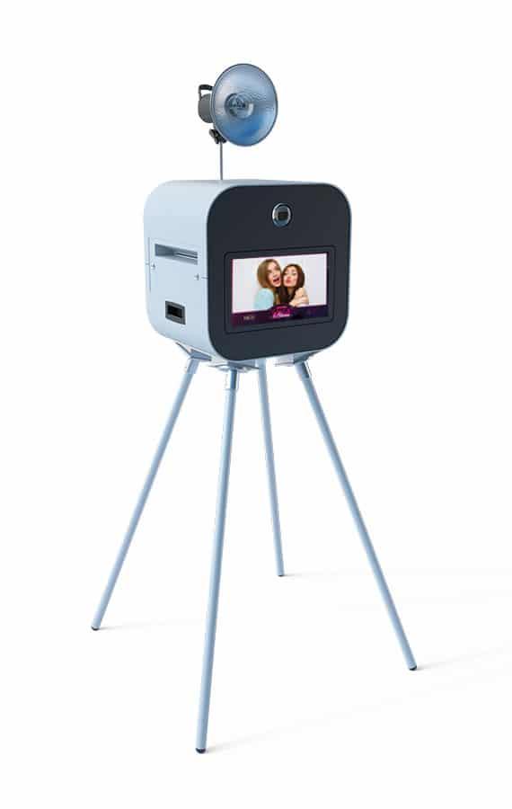 Le photobooth One Booth, l'animation photo pour vos événements particuliers et professionnels au Luxembourg